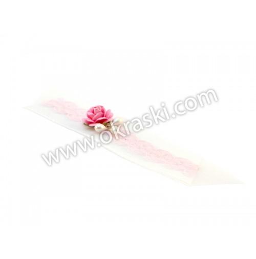Poročni-naprsni-šopek-roza-čipka-vrtnice