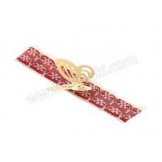 Poročni-naprsni-šopek-bordo-rdeč-čipka-metuljček